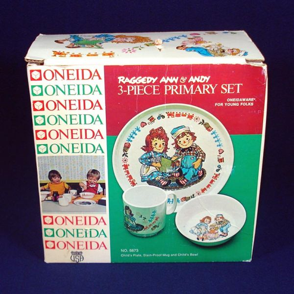 Raggedy Ann Andy Childs Melamine Dinnerware Set Mint in Box
