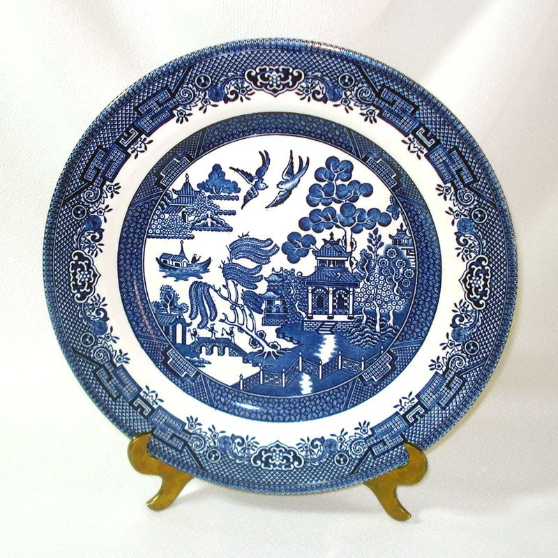 10-3/8 inch diameter transferware dinner plates in Churchillu0027s classic Blue Willow pattern made in Staffordshire England. Theyu0027re in excellent condition ...  sc 1 st  Copperton Lane Antiques and Collectibles & Copperton Lane: Churchill England Blue Willow Dinner Plate England ...