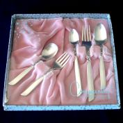 South Seas Oneida Silverplate Boxed Baby Youth Flatware Set